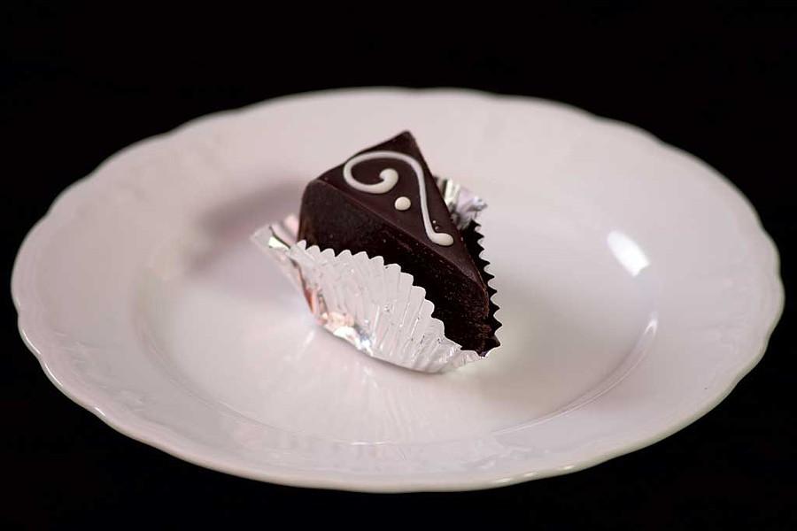 Flourless chocolate cake, Logan's of Vermont - MATTHEW THORSEN