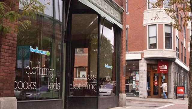 Isabean's empty storefront and North Face - MATTHEW THORSEN
