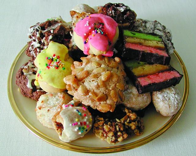 Italian Christmas cookie plate, Sweet Simone's - COURTESY SWEET SIMONE'S