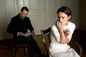 JUNG LOVE Fassbender plays a pioneer of psychoanalysis who puts a new spin on the concept of doctor-patient privilege.
