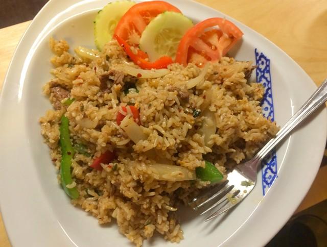 Khao pad grapao, $10 - ALICE LEVITT