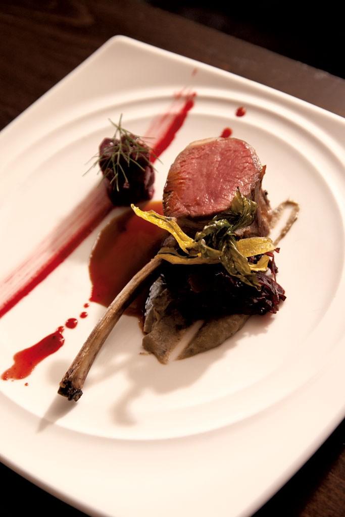 Lamb chop with beets - MATTHEW THORSEN