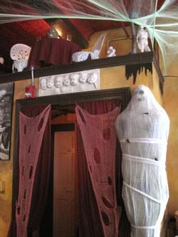 Leunig's, decorated for Halloween