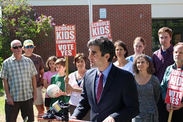 Mayor Miro Weinberger announces his support for the Burlington school budget proposal. - PAUL HEINTZ