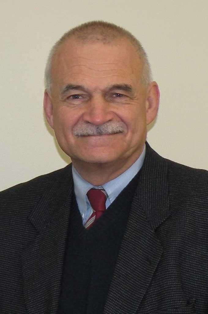Mike Simoneau