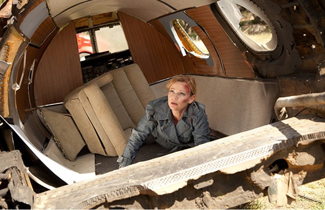 Neither an energy crisis nor shoddy CGI can stop Samantha Mathis from pursuing John Galt.
