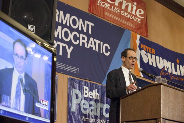 Dean Corren delivers a concession speech on election night in November 2014. - FILE: MATTHEW THORSEN