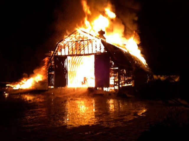 Pete's Greens barn on fire