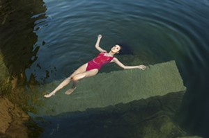 "HANNAH FRIGON/H.F. PHOTOGRAPHY - ""Radiant Rouge Reborn"""