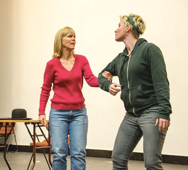 Rehearsing for Threepenny