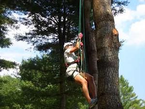 Sarah Tuff climbing