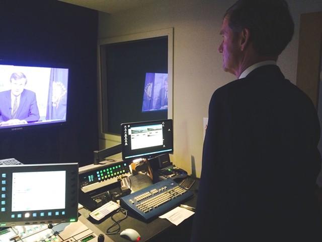 Scott Milne reviews a campaign ad he filmed inside Vermont PBS studios in October. - MARK DAVIS