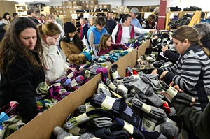 JEB WALLACE-BRODEUR - Shoppers at the sock sale
