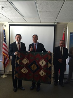 Shumlin receives a rug. - ALICIA FREESE