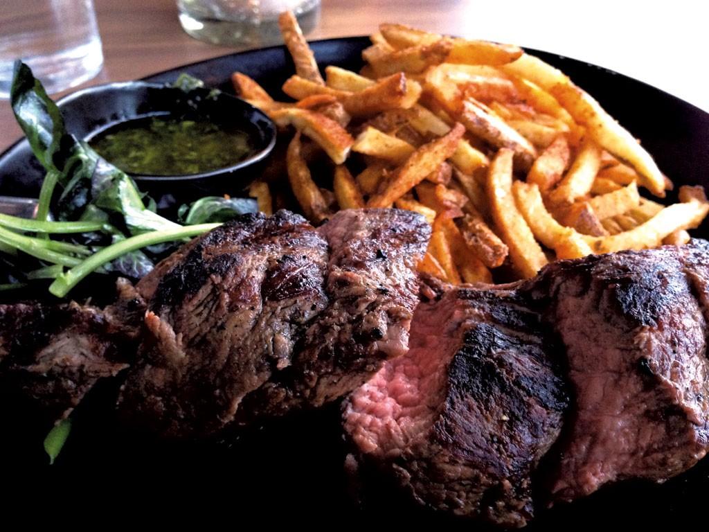 Steak frites - CAROLYN FOX