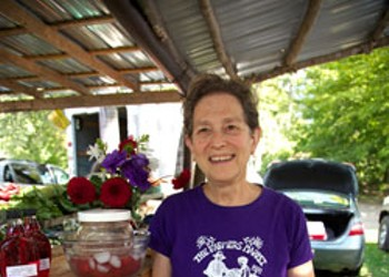 The Brattleboro Farmers Market: A Feast for the Senses for Nearly 40 Years