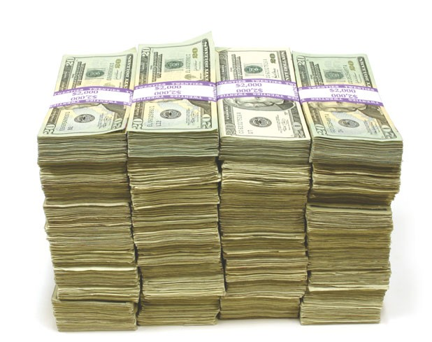 lm-dm-moneystack-091113.jpg