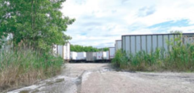 The trailers on Pine Street - MATTHEW THORSEN