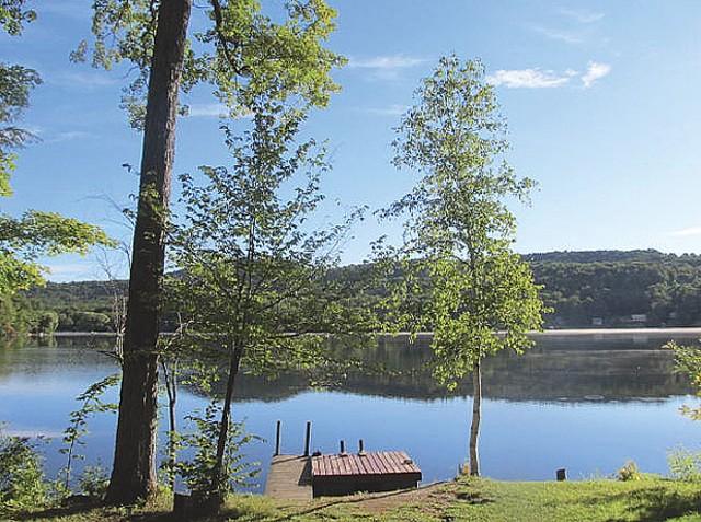 Tinmouth Pond