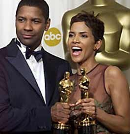 TOP CLASS Denzel Washington and Halle Berry