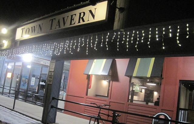 Town Tavern - ALICE LEVITT