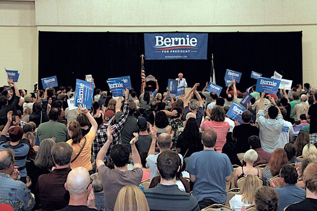 Sanders in Council Bluffs, Iowa - DEBRA S. KAPLAN
