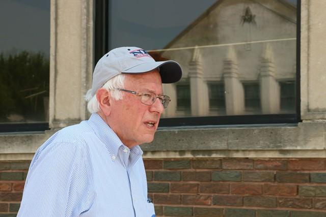 Bernie Sanders in Iowa - DEBRA KAPLAN