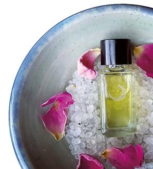 07-beauty-perfume.jpg