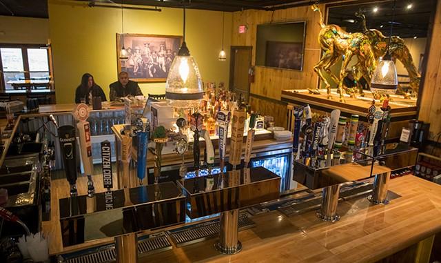 The bar at Old Post - JAMES BUCK