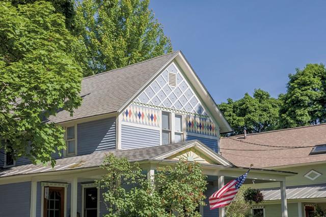 A John Roberts home at 73 Mansfield Avenue in Burlington - OLIVER PARINI