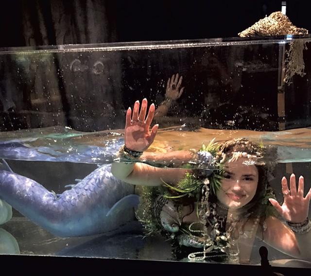Mermaid Dalni (Danielle Ross) - PAMELA POLSTON