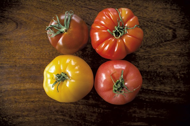 Variety of tomatoes - DREAMSTIME