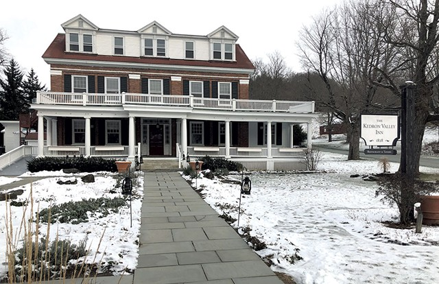Kedron Valley Inn - KIRK KARDASHIAN
