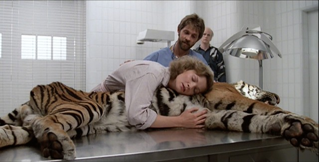 One of the strangest and most memorable images in Manhunter. - DE LAURENTIIS ENTERTAINMENT GROUP