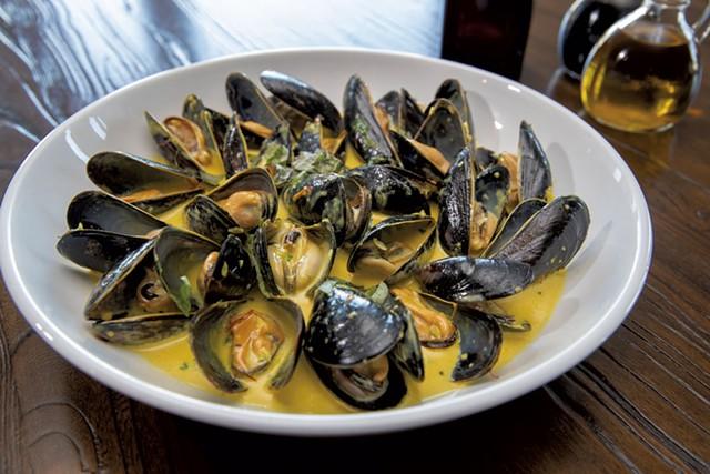 Saffron mussels - JAMES BUCK