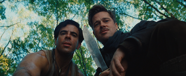 Eli Roth and Brad Pitt in Inglourious Basterds - THE WEINSTEIN COMPANY