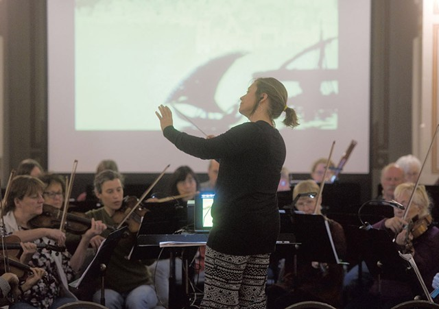 Conductor Anne Decker leads the Montpelier Chamber Orchestra - JEB WALLACE-BRODEUR