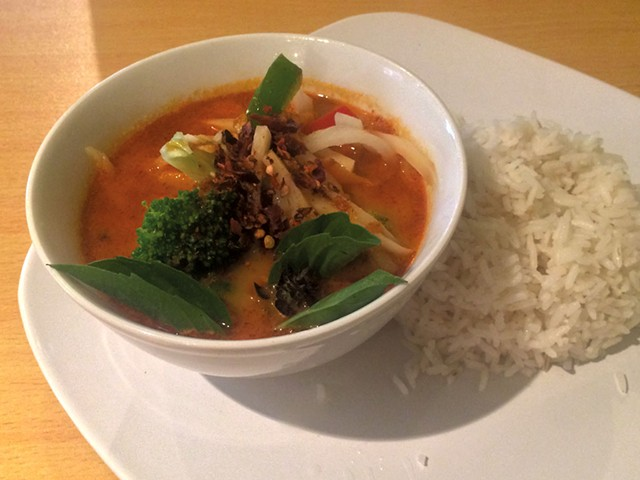 Red curry - MOLLY ZAPP