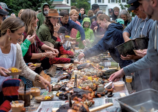 The feast at 18 Elm - GLENN RUSSELL