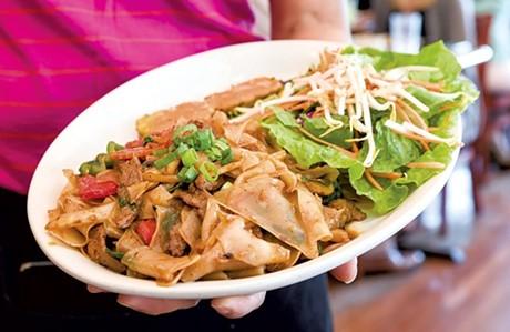 Tiny Thai Restaurant - OLIVER PARINI