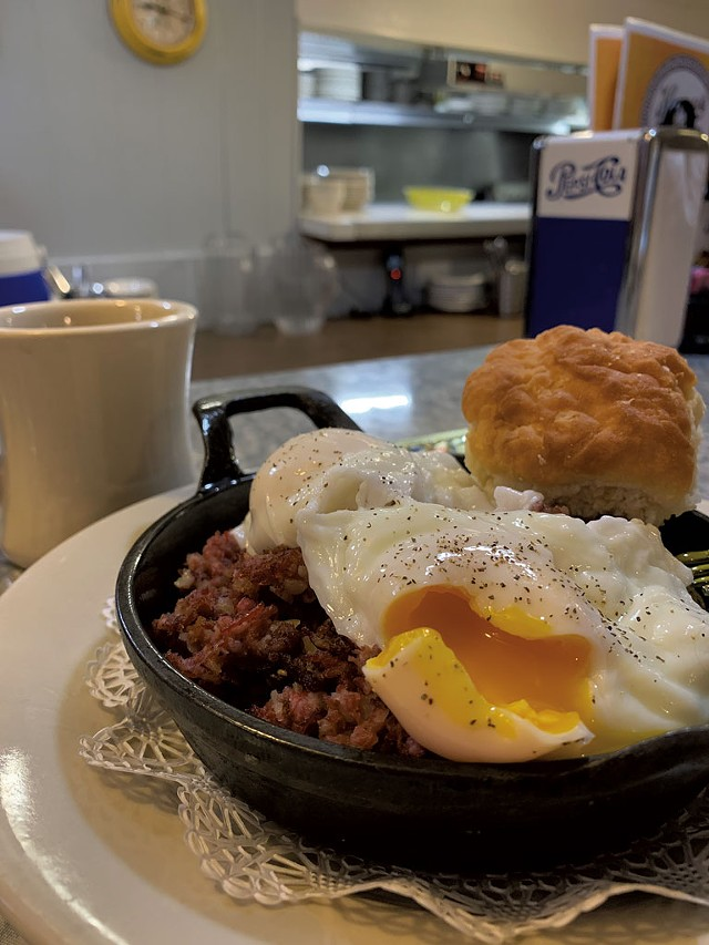 The Vermonter corned beef hash skillet at Henry's Diner - MELISSA PASANEN