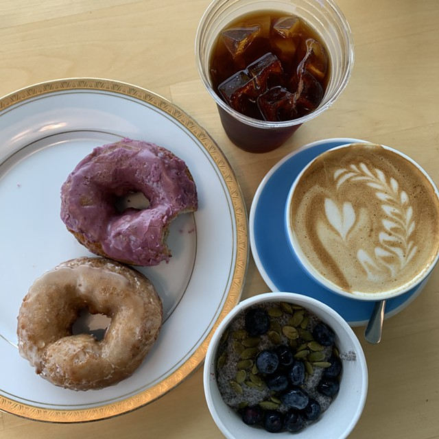 Miss Weinerz doughnuts, coconut milk chia pudding and oat milk latte at Scout & Co. - MELISSA PASANEN