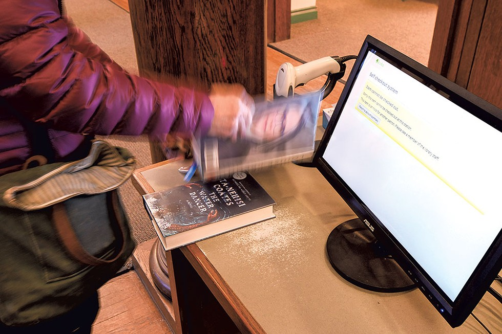 Self-checkout at Ilsley Public Library - CALEB KENNA