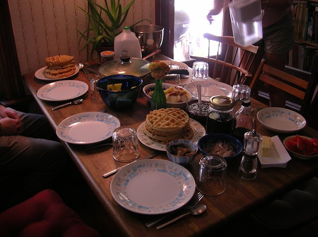 brunch_table_3.jpg
