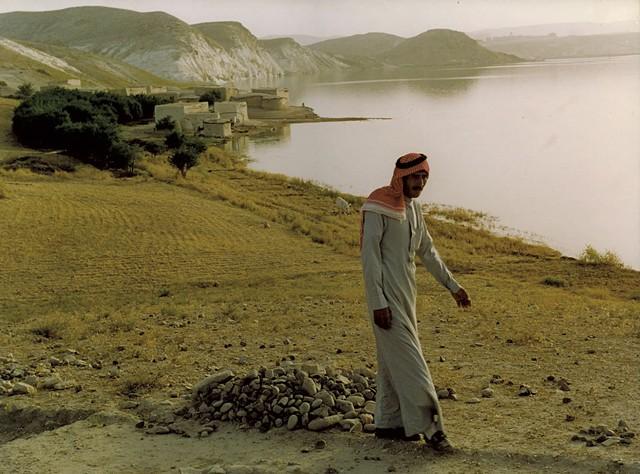 By the banks of the Euphrates River in Jerf el-Ahmar - DEBORAH HARTE FELMETH