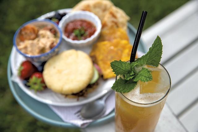 Mocktail served by Rachel Averitt - JAMES BUCK