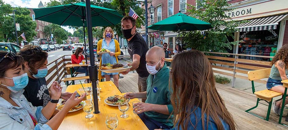 Dining al fresco at Three Penny Taproom in Montpelier - JEB WALLACE-BRODEUR