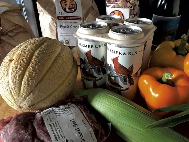 Market haul - JORDAN BARRY ©️ SEVEN DAYS