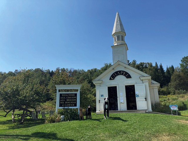 The Dog Chapel at Dog Mountain - MARGARET GRAYSON ©️ SEVEN DAYS