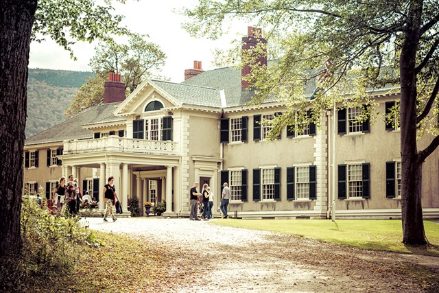 The ancestral home of Robert and Mary Lincoln - COURTESY OF HILDENE, THE LINCOLN FAMILY HOME